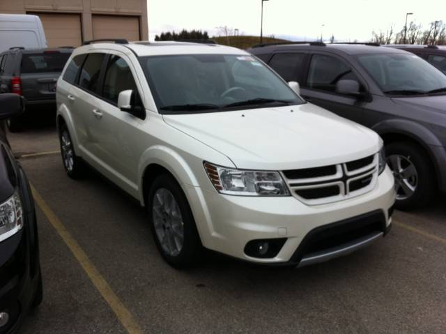 2012 Dodge Journey R/T in white